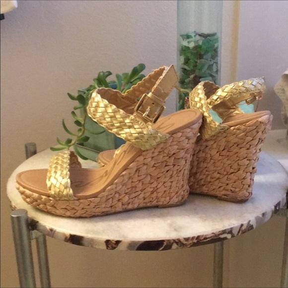 Skechers Shoes - Skechers Gold Sandals